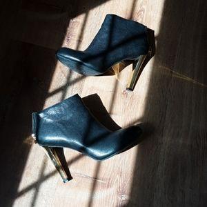 Tory Burch Corbet Black Leather Zip Black Boots